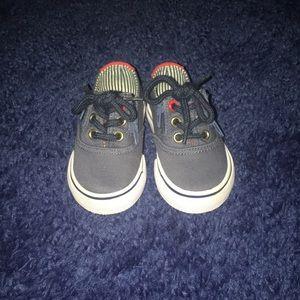 Hard bottom infant shoes